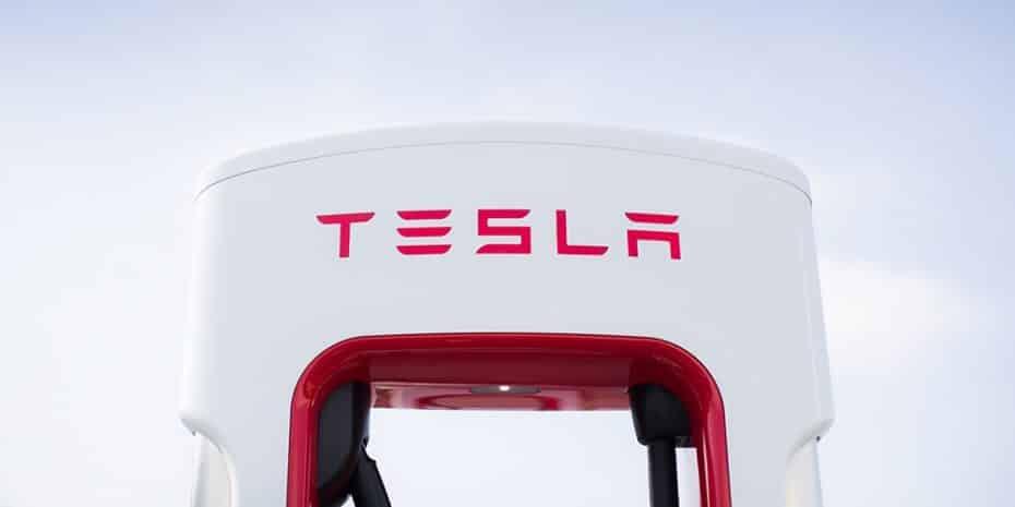 Tesla duplicará sus supercargadores este mismo año: Habrá 14 nuevos puntos en España