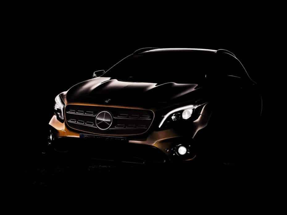 Aquí está el primer teaser del nuevo Mercedes GLA: Debutará en Detroit