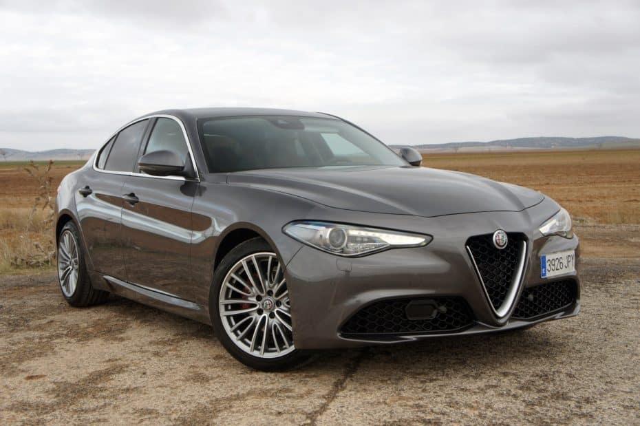 Prueba Alfa Romeo Giulia 2.2 Multijet 180 CV Super:  Premium hasta en el precio