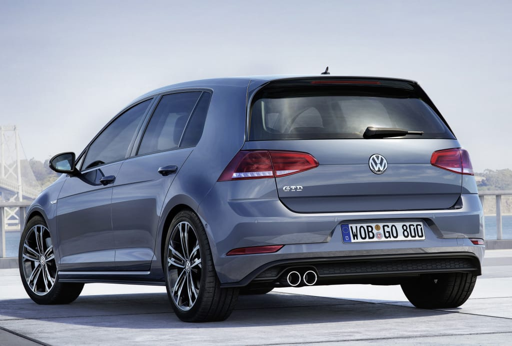 volkswagen_golf_gtd_5-door_14