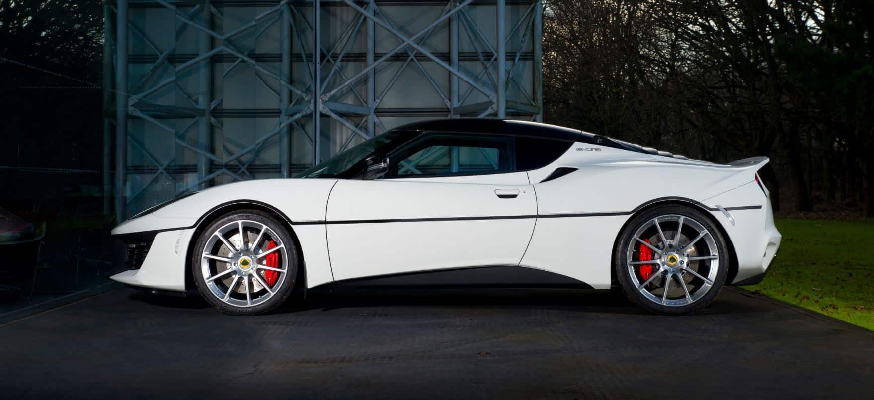 1 Lotus Evora Sport 410 honours iconic Esprit S1