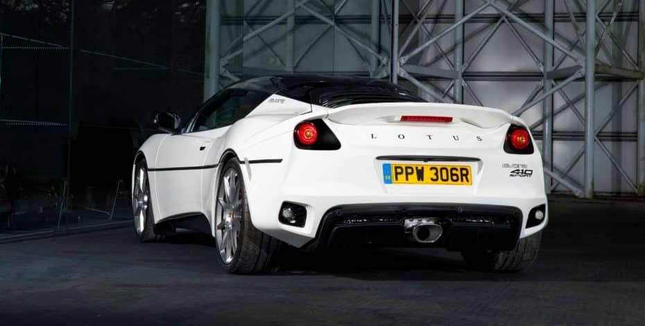 Este Lotus Evora Sport 410 ha sido creado para recordarnos al Lotus Esprit S1 de 007…