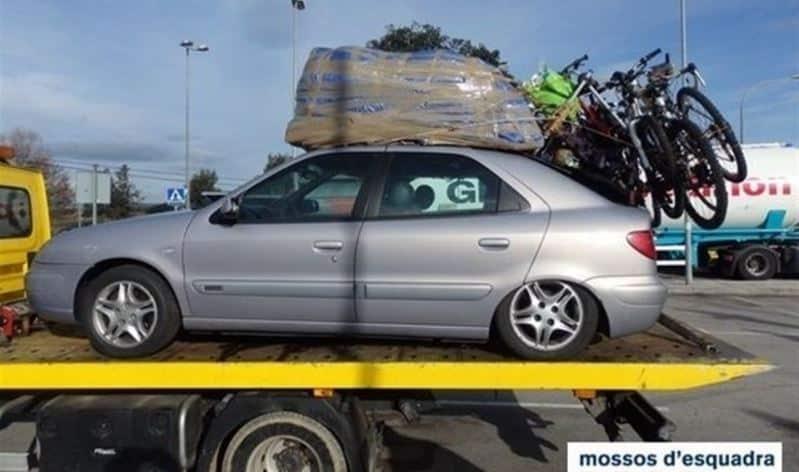 Denunciado por sobrepeso: ¿Cuantas personas y equipaje caben en un Citroën Xsara?