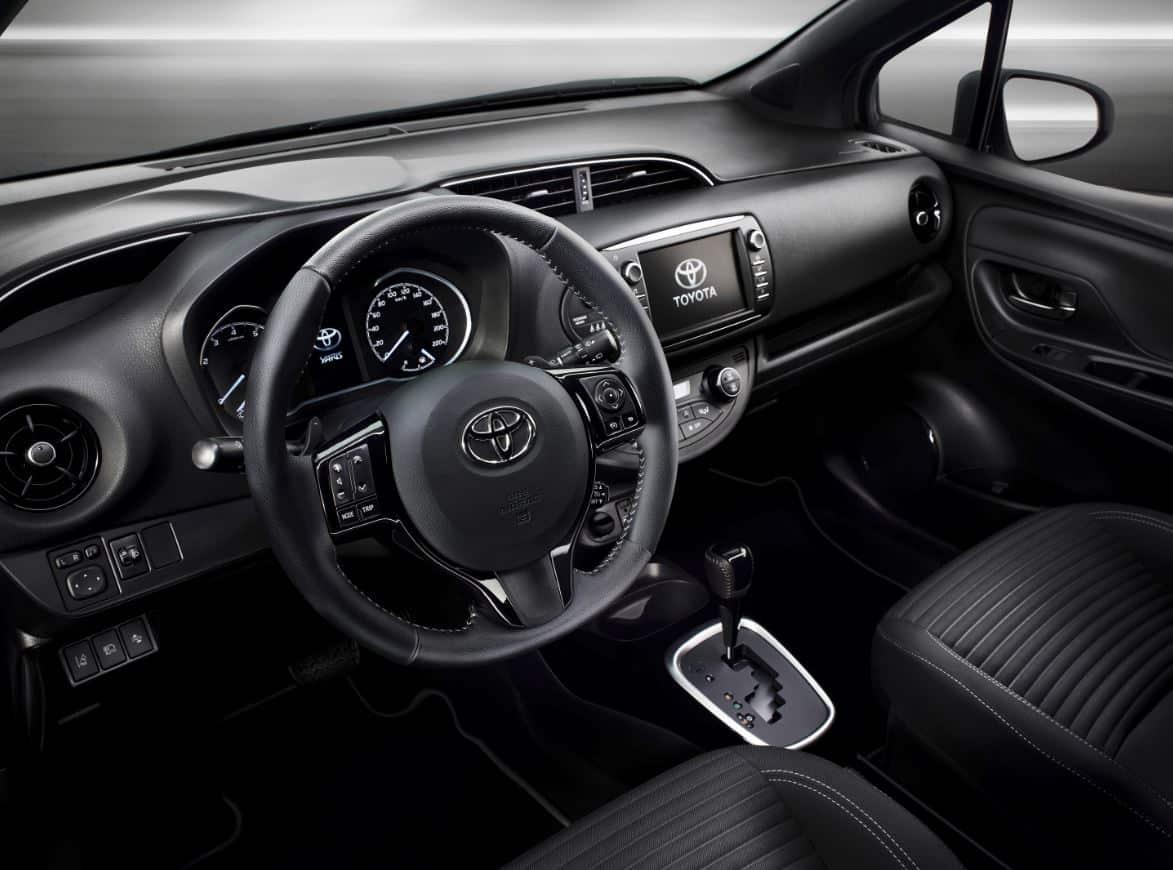 Toyota Yaris 2017 5