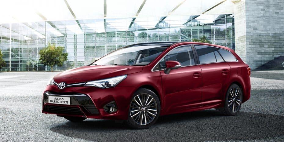 Llega el Toyota Avensis 2017: Con mejoras en el equipamiento