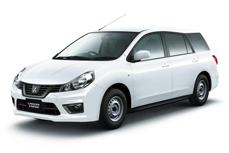 La nueva versión del Mitsubishi Lancer seguro que no te emociona