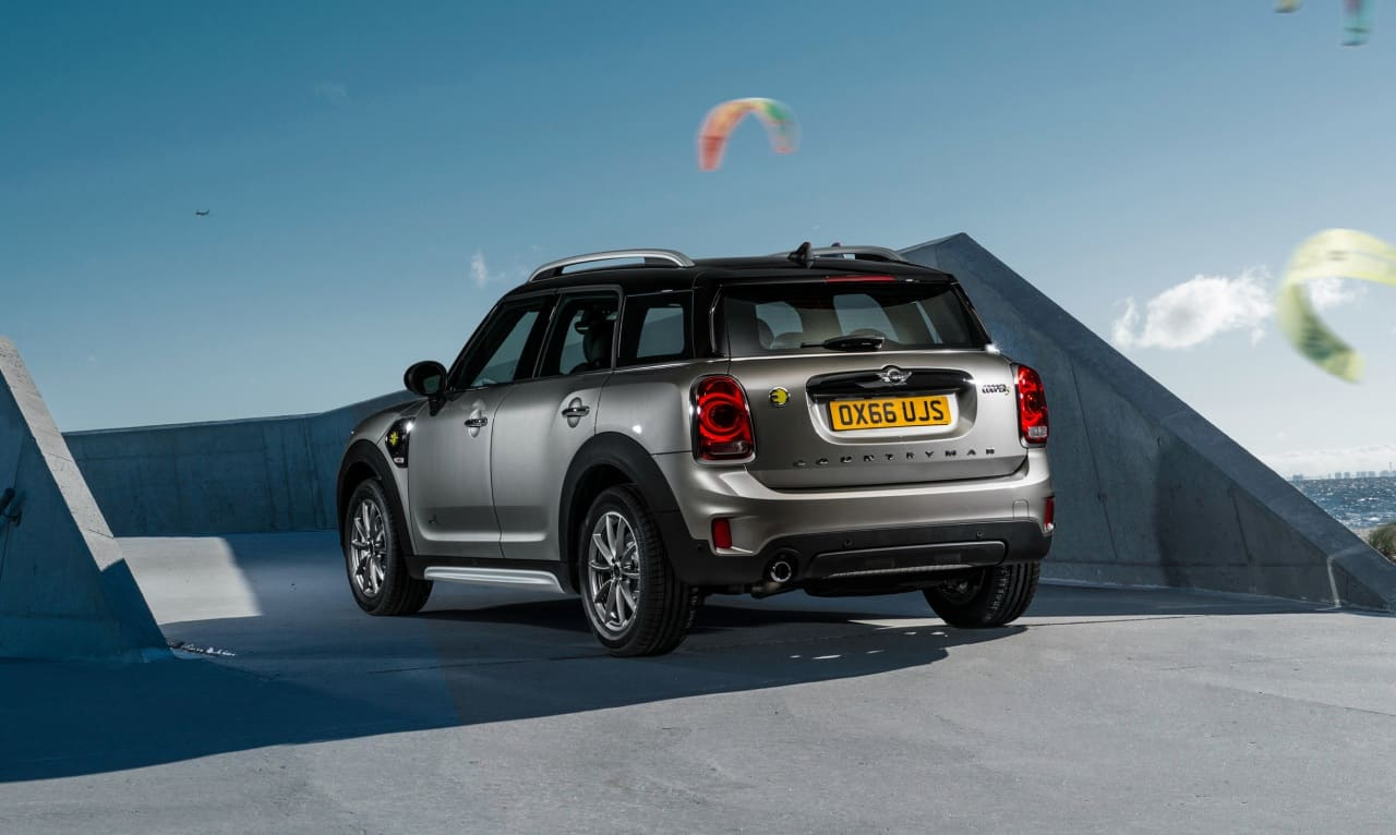 mini-countryman-cooperSE15