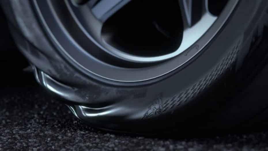 Así se retorcerán los «demoniacos» neumáticos del Dodge Challenger SRT® Demon