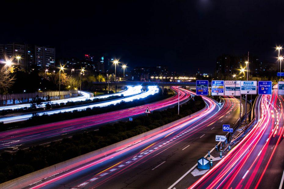 ¿Radares para identificar a los vehículos más contaminantes? Si vives en Madrid ojo a esto…