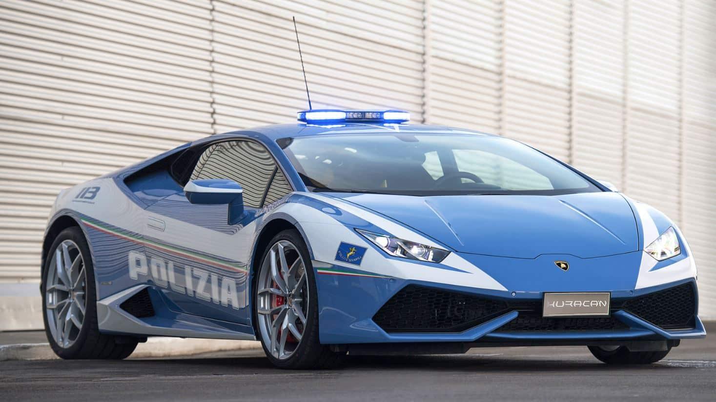 La policía italiana estrena nueva bestia: Otro Lamborghini Huracán…