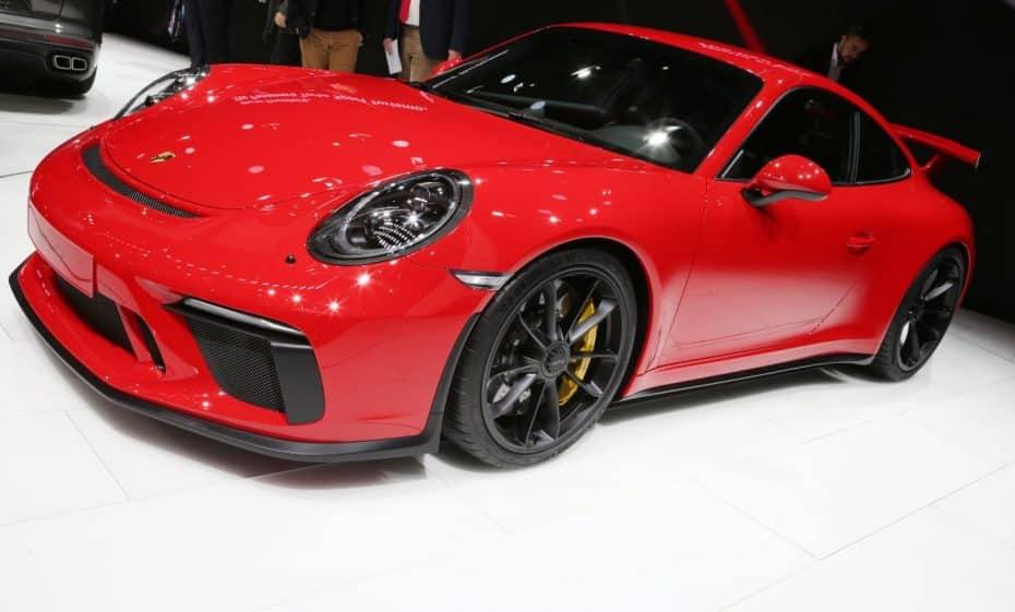 Un Bóxer de 4.0 litros atmosférico de 500 CV y con cambio manual: El Porsche 911 GT3 en directo