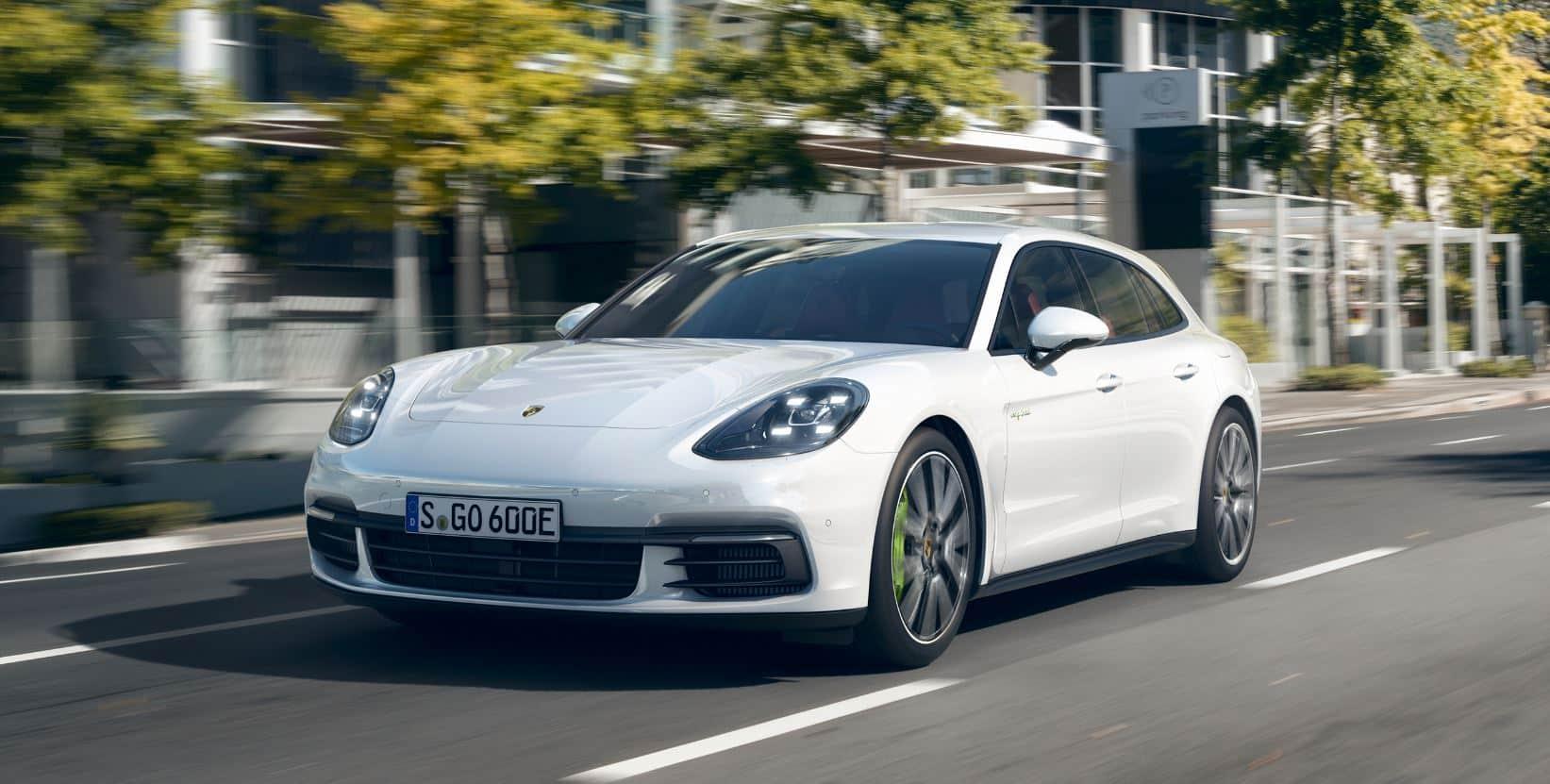 Porsche Panamera Sport Turismo 3
