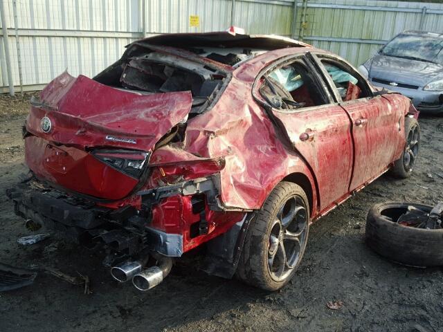 Los Alfa Romeo Giulia Quadrifoglio caen como moscas ¡Este destrozo sí que es para llorar!