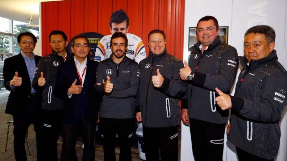 Fernando Alonso a por otro de sus grandes sueños: las 500 Millas de Indianápolis 2017