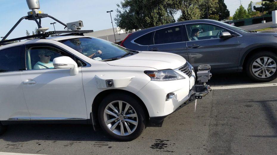 ¡Cazado el primer coche autónomo de Apple en Silicon Valley! Y es un Lexus RX450h