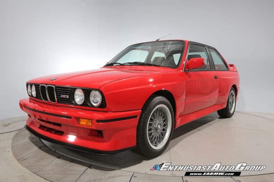 Este BMW M3 E30 Sport Evolution busca dueño ¡Y solo tiene 119 km en el marcador!