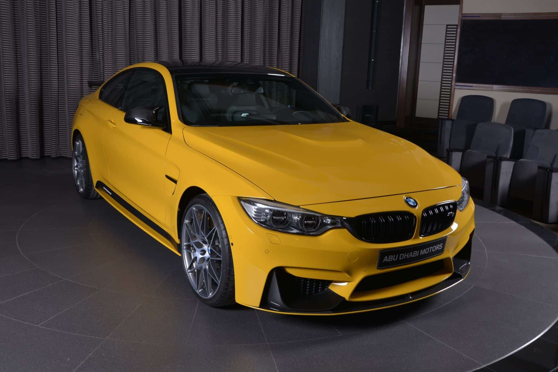 BMW M4 Competition Package 'Speed Yellow'-5