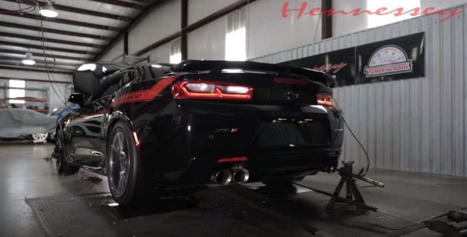 Los 1.000 CV del Chevrolet Camaro ZL1 'The Exorcist', ahora destrozando el banco de potencia