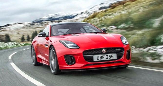 El Jaguar F-Type recibe ahora un nuevo motor Ingenium de 2.0 litros y 300 caballos ¡Pura eficiencia!
