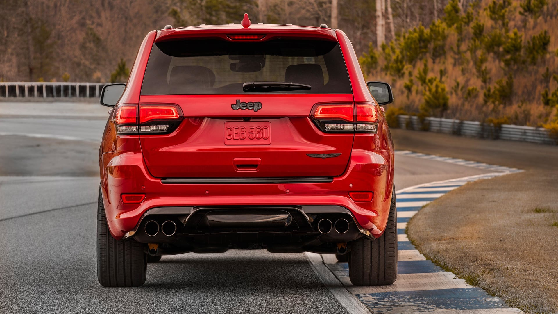 Jeep Grand Cherokee Trackhawk-7
