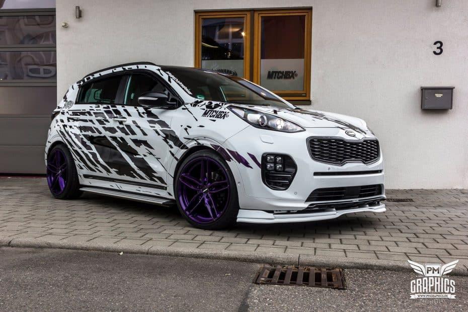 No todas las preparaciones son de coches de lujo ¿Qué te parece este provocativo Kia Sportage?