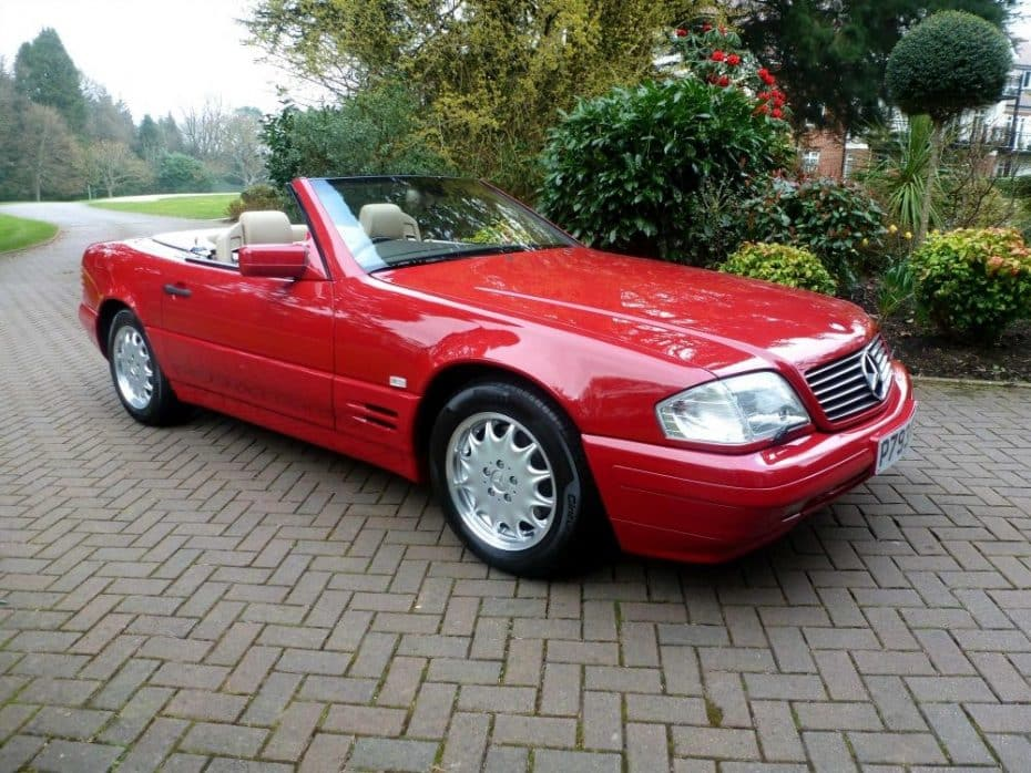 Si no lo leo, no lo creo: Gracias a un despiste de su dueño ¡Este Mercedes SL500 ahora vale un dineral!