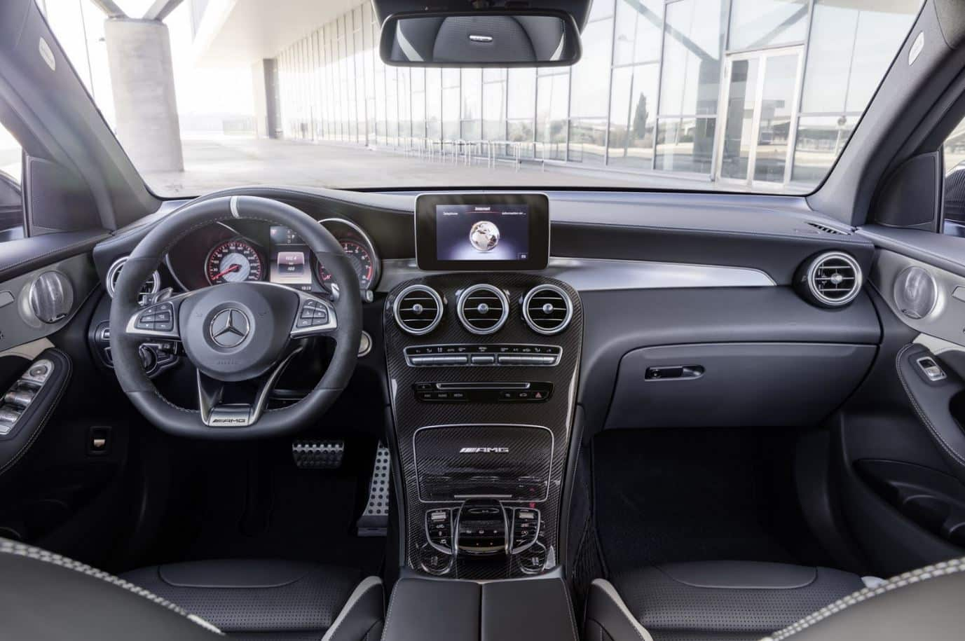 Mercedes GLC63 AMG 17