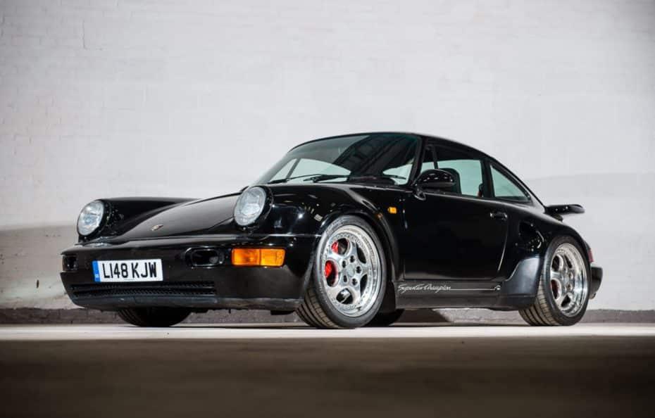 Esto sí que es un unicornio: ¡Un Porsche 911 Turbo 'S' Leichtbau a subasta!