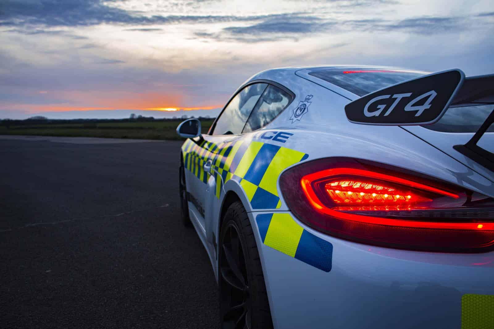 Porsche Cayman GT4 policía de Norfolk (5)