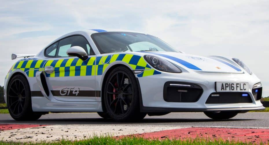 Con semejante montura ¿Quién no querría ser policía?: Este es el último coche patrulla de Norfolk
