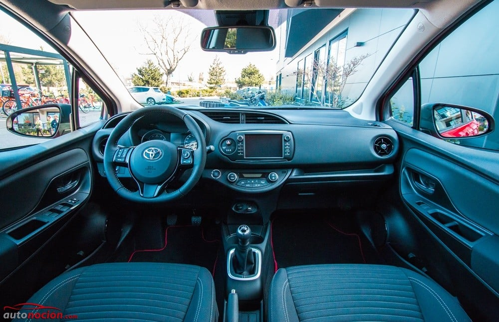 Toyota Yaris 2017 (31)