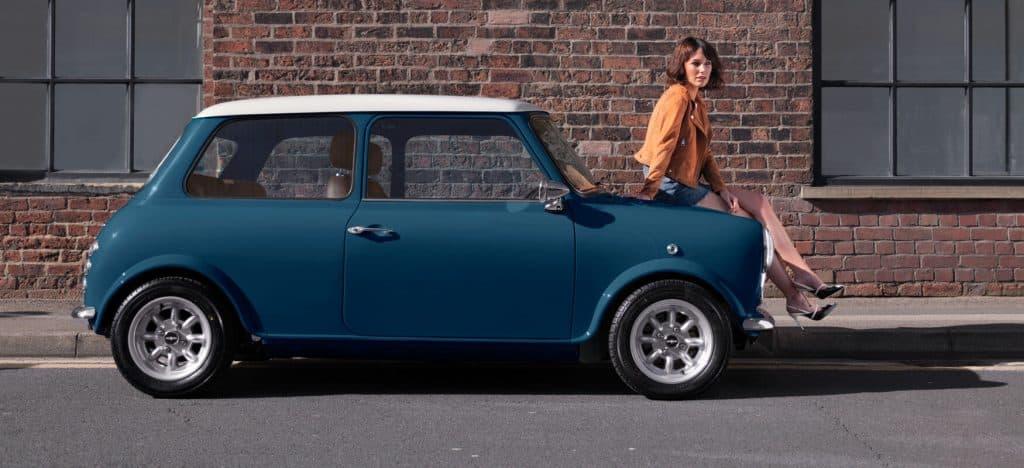 blue-car-side-1024x468