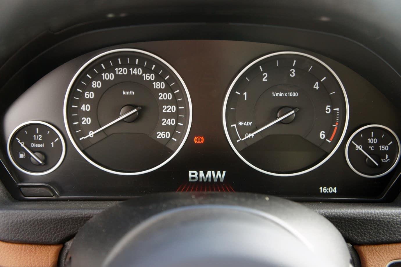 prueba-bmw-320dGT-int-b6