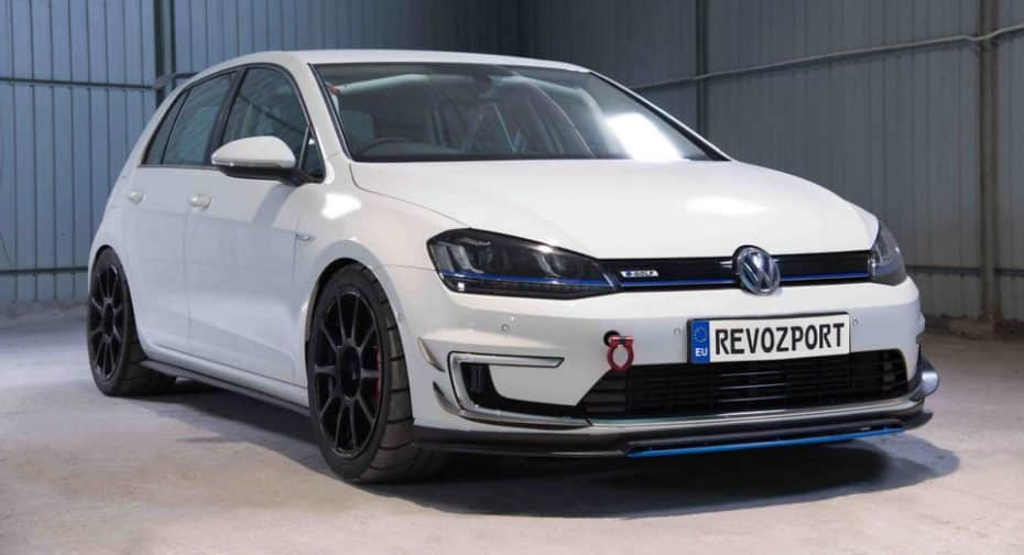 ¡Ojo a este Volkswagen e-Golf de RevoZport! ¿Quién dijo que los eléctricos son aburridos?