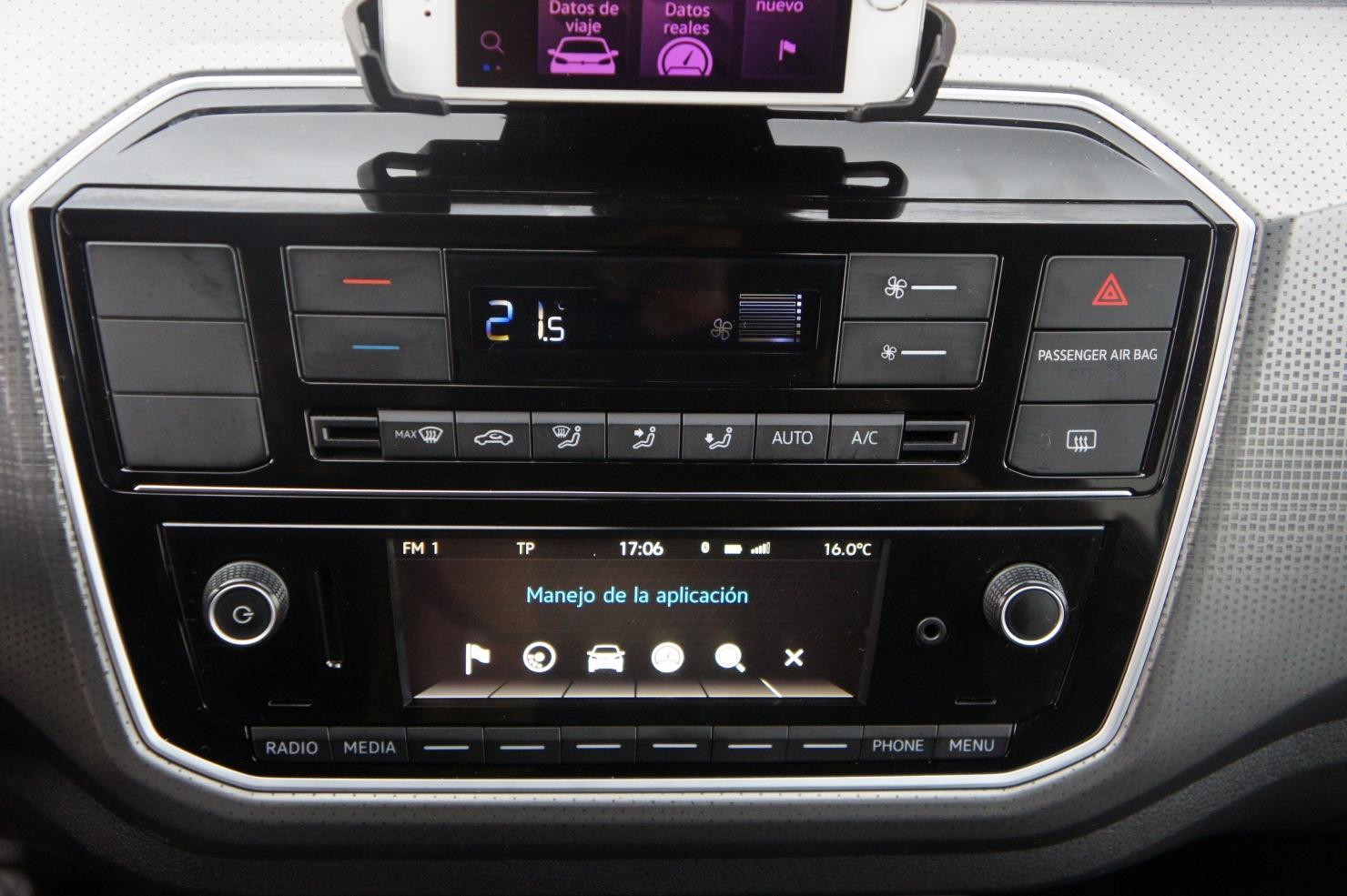 Prueba Volkswagen Up 1 0 Mpi 75 Vs 1 0 Tsi 90 Cv Cuando El Turbo