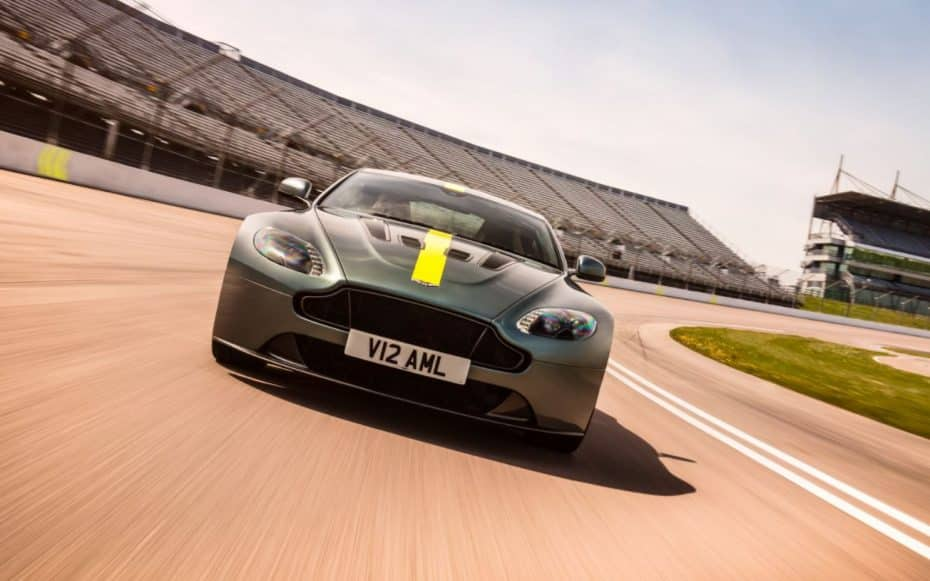 Aston Martin VANTAGE AMR: El sinónimo del alto rendimiento británico llega al mercado desde los 126.995 euros
