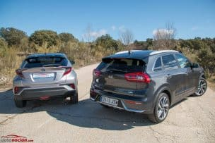comparativa kia niro 1 6 hev y toyota ch r 39 launch edition 39. Black Bedroom Furniture Sets. Home Design Ideas