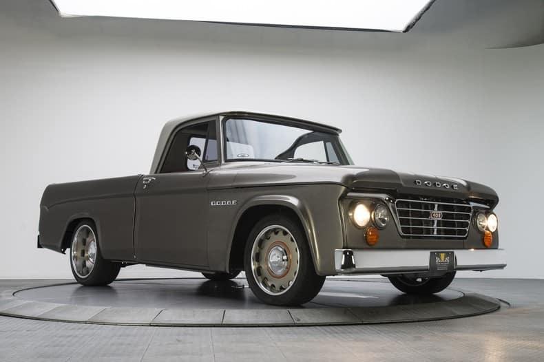 Este Dodge D100 de 1965 es toda una joya personalizada ¿Vuelven los pick-ups de moda?