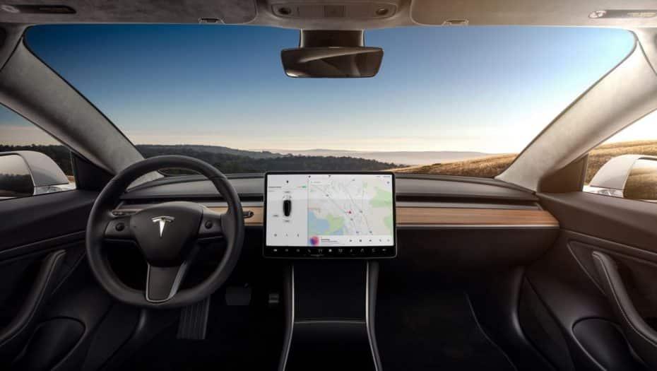 Todas las novedades de Tesla: El Model 3 dispara sus ventas y una nueva actualización ¡Con juegos de Atari!