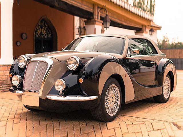 Esta belleza esconde en su interior un Chrysler PT Cruiser ¡Y es un diseño español!