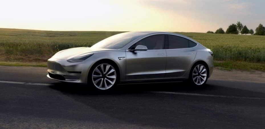 El Tesla Model 3 también tendrá versión de alto rendimiento el próximo año