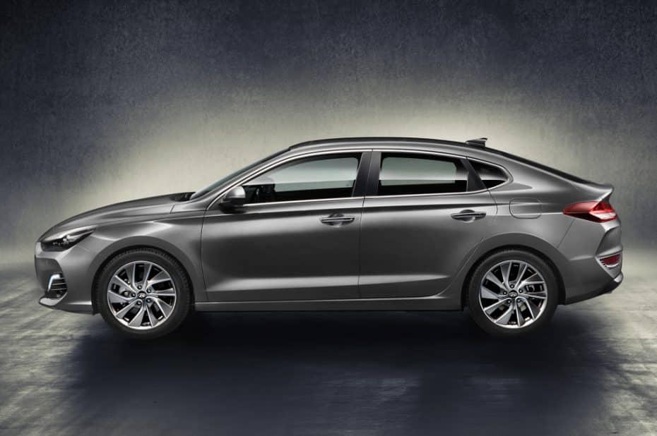 Así es el nuevo Hyundai i30 Fastback: Jugando con los segmentos