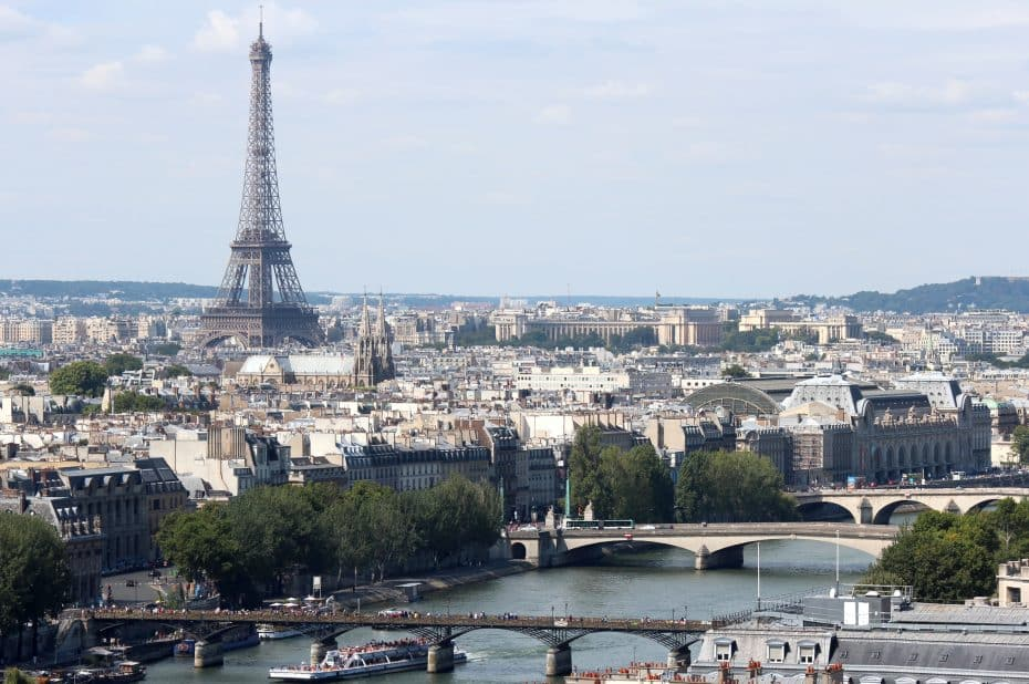 El fin de los vehículos diésel y gasolina ya tiene fecha en Francia: 2040