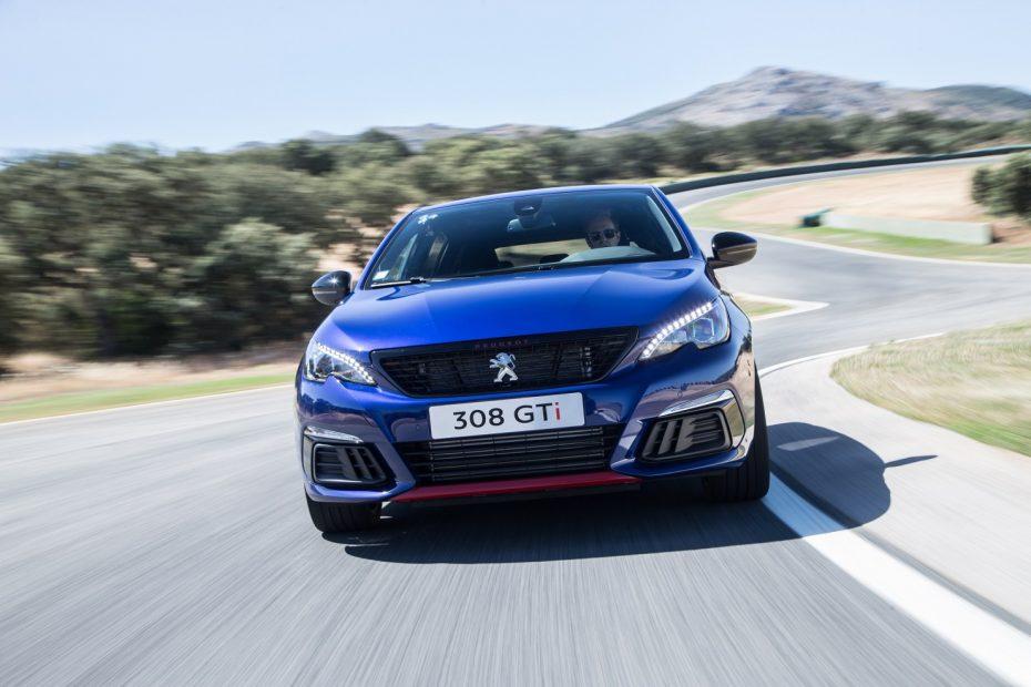 """Nuevo Peugeot 308 GTI """"By Peugeot Sport"""": Más racing"""