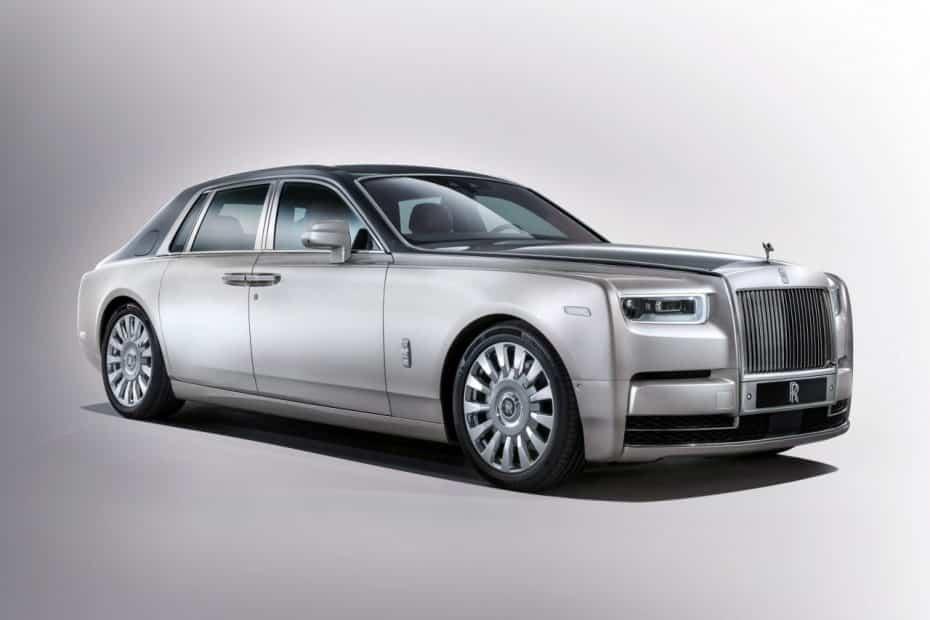 Oficial: Aquí está el nuevo Rolls Royce Phantom