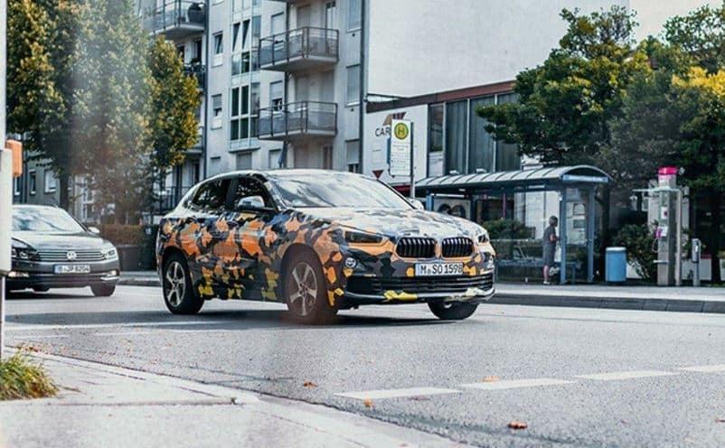 Las primeras imágenes del BMW X2 apuntan a un X1 grande, no a un mini X4