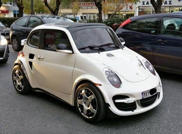 ¿Un Fiat 500 con trastorno de personalidad? Ojo a este kit de un Porsche 996 Turbo