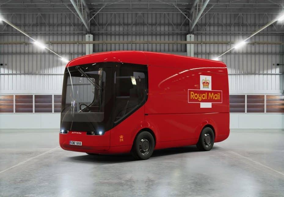 Este camión autónomo y eléctrico de Royal Mail parece de juguete ¡Y su diseño nos ha enamorado!