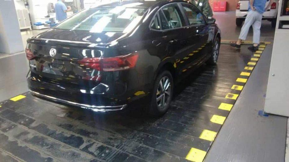 Fotos espía: Así luce el nuevo Volkswagen Virtus, un Polo Sedán para ciertos mercados