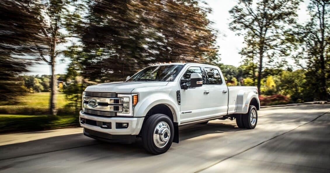 Ford apuesta por un acabado más premium para su pickup: Así es la F Super Duty Limited…